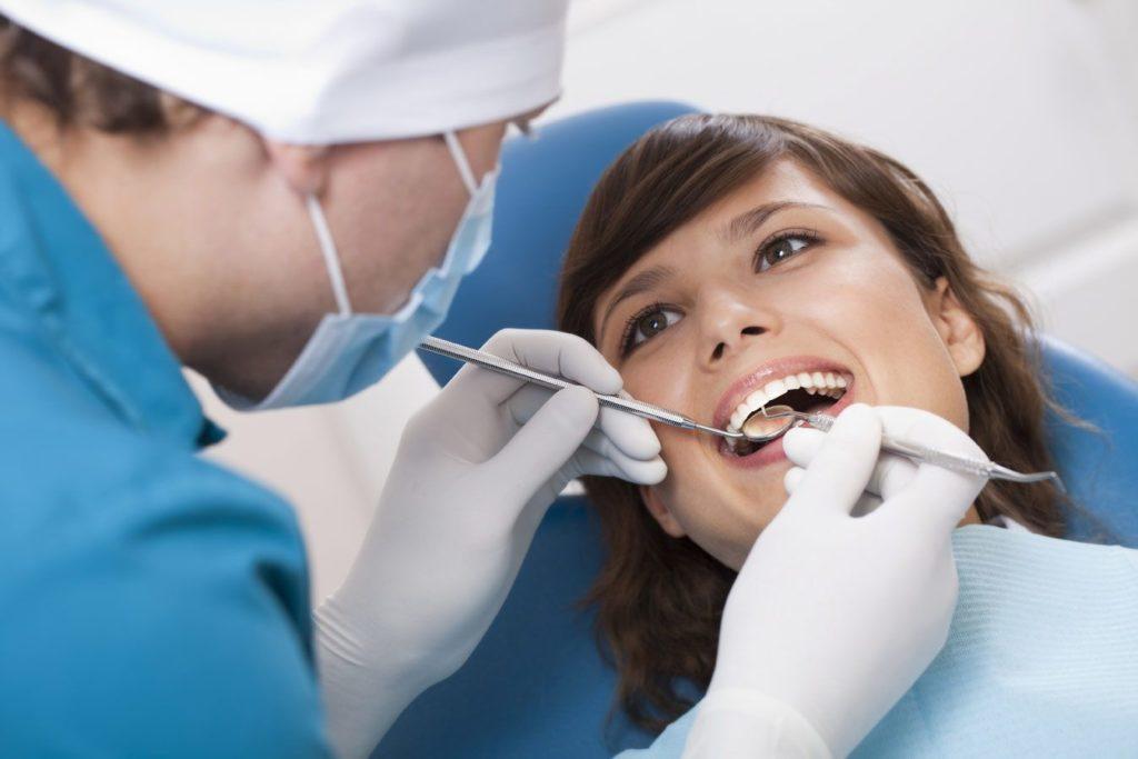 Визиты к стоматологу